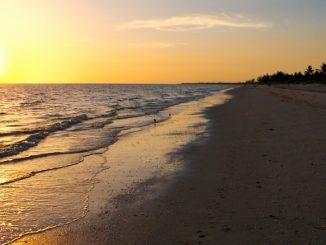 bowmans-beach