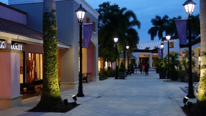 Bell Tower Shops Fort Myers