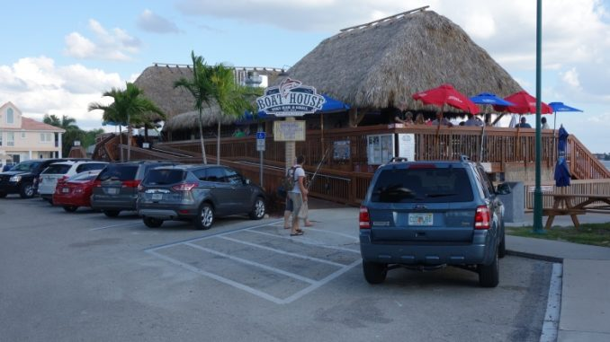 boat-house-tiki-bar-grill-cape-coral