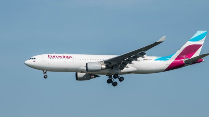 Ein Airbus A330-200 von Eurowings in Fort Myers