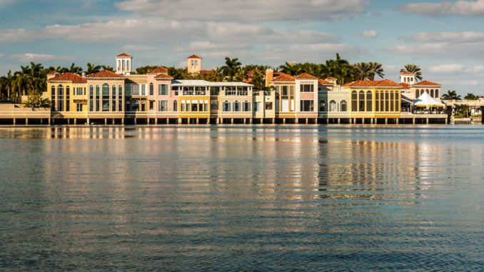 The Village Shops on Venetian Bay