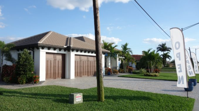 Ein Model Home in Cape Coral Florida