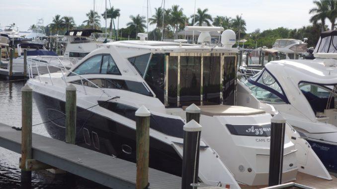 Eine Yacht in Cape Coral